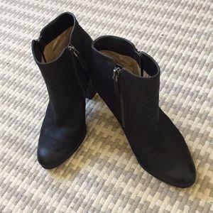Michael Kors booties size 6
